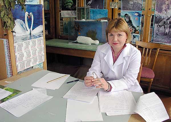 Заведующая музеем и хранитель фондов – Ирина Николаевна Грищенко