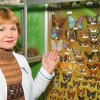 Ирина Николаевна Грищенко у коллекции бабочек